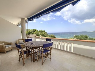 Sunset Greg apartment in Marina San Gregorio with air conditioning & balcony.