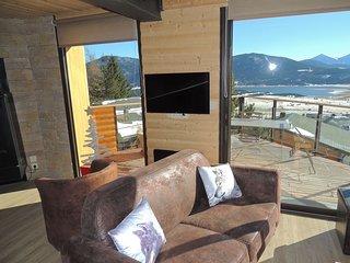 Appartement LOUP dans chalet neuf avec vue sur le lac de Matemale 11 couchages