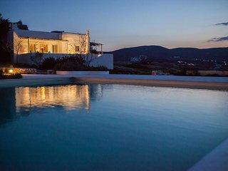 Villa Paradiso Bay