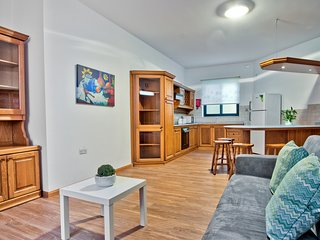 Off the Beach St Julians 2-bedroom Apartment