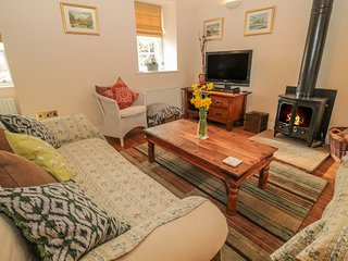THE COACH HOUSE, pet-friendly, in Lowick