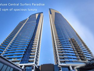 Surfers Paradise Central. Luxury Seaview Spa Apartment - Sealuxe