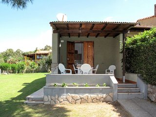 2 bedroom Villa with Air Con and Walk to Beach & Shops - 5775742