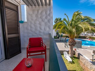 One Bedroom Silent Oasis in Sunny Las Americas