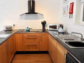 oven, hob, washer/dryer, dishwasher, full sized fridge and freezer, microwave