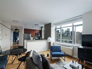 Sonder   21 Chelsea   Stunning 1BR + Rooftop