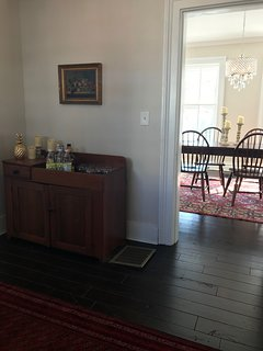 4 BR in FABULOUS location. Close to racetrack and downtown