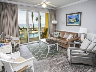 Calypso Resort 105W | Walk to Pier Park | Beachfront Condo