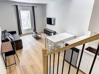 Vibrant 2BR | LittleBurgundy Downtown Montreal #201