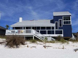 FantaSea Beach House - Oceanfront, Beachfront