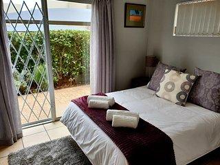 D'Urban Ridge Self Catering Apartment - central, quiet, comfortable