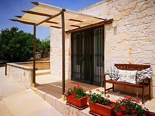Bari Villa Sleeps 2 with Pool - 5776470