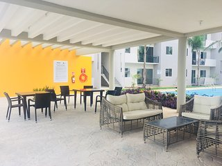 Casita Caribe Apartment with Pool and Parking