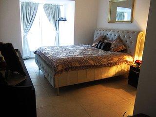 Viva Marina - Huge Ensuite 1 Bedroom in Dubai Marina
