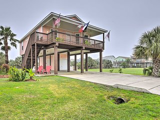 Galveston Home w/ Canal View: 1/4 Mile to the Beach!