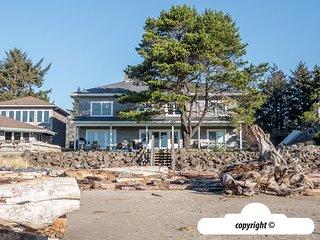 888 Beach Drive : BIG HOUSE LITTLE BEACH - Ocean Front with Private Beach