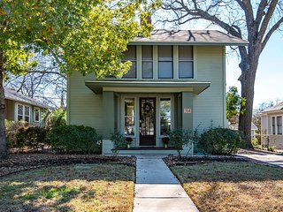 Pershing House - Beautiful historic home located near downtown/Pearl