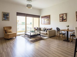 Spacious 1BR in The Greens!