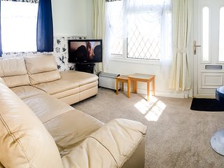 2 Bedroom Sleeps 5 Holiday Chalet at Priory Hill Holiday Park Leysdown
