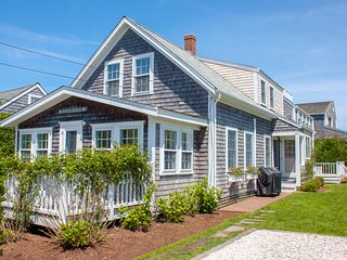11 East Lincoln Avenue, Nantucket, MA