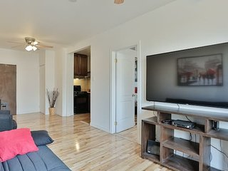 Destination Loft Minutes from Downtown #103