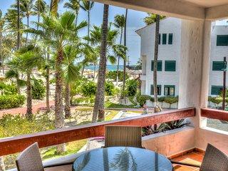 Dapper Beachfront 2 Bedroom Apartment - D201