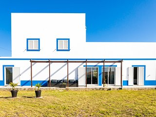 Arrifana Pura: 4- Bedroom (10px) charming house in Costa Vicentina