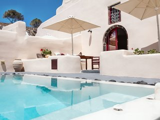 Abelis Canava Deluxe Suite with Private Pool up to 4 persons