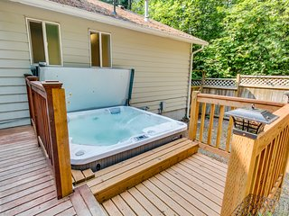 NEW LISTING! Dog-friendly retreat w/private hot tub, firepit and fenced backyard