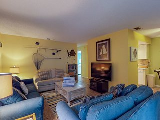 Gulf-front condo w/ balcony & shared heated pool - steps to the beach & trolley!