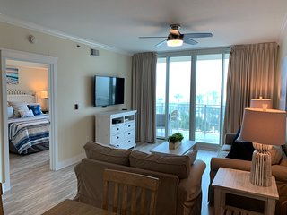 Waterscape 5th Flr  A side 1-bedroom -on the beach- NEW
