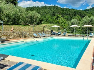 Beautiful Tuscan home with shared pool and gorgeous views!