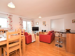 73960 Apartment situated in Newquay