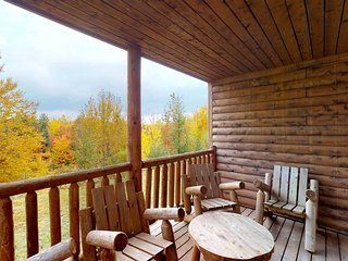 NEW LISTING! Log townhome w/fireplace & shared pool/hot tub-near Moosehead Lake
