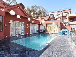 Bohemain - Pool Party Villa