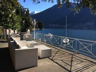 Villa a Laglio, con molo privato e vista lago