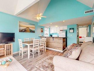 Shared pools, hot tub, sauna, tennis courts & more at this beachy condo!