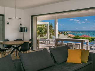 MAY/JUNE , 1 NIGHT FREE -AWESOME Villa Au fil de l'Eau- SEA VIEW