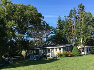 River Meadow Camp Cottage 10km West of S'side