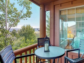 NEW LISTING! Cozy condo w/shared hot tub & pool, great skiing & boating nearby