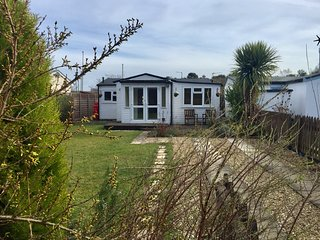 Beach House Humberston ,dog friendly seaside chalet.