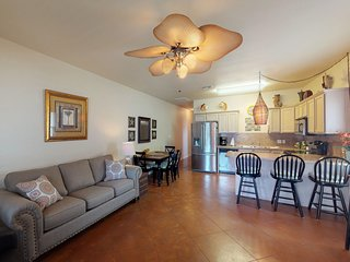 Dog-friendly condo w/ shared pool, gas grills - close to the beach