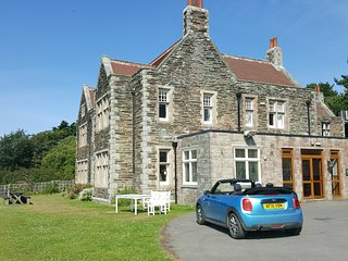 South Hams, South Devon Detached house sleeping 24 with spectacular sea views