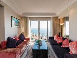 Showcase of Istanbul, Luxury Apartment with Seaview