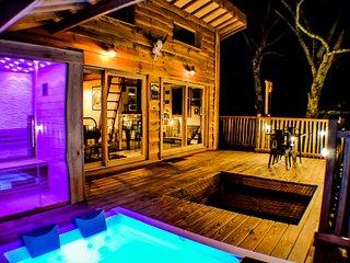Cabane Carrement Perchee Spa et Sauna