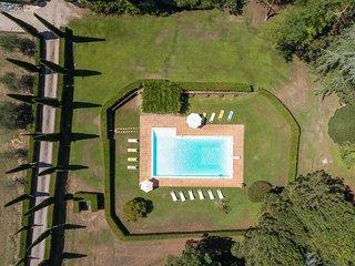 Santa Croce sull'Arno Villa Sleeps 18 with Pool and WiFi - 5763098