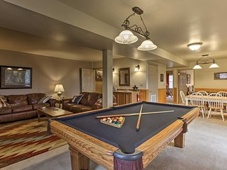 NEW! Luxury Cabin w/Game Room - Mins to Dollywood