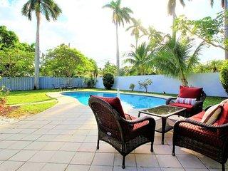 1815 Home  Pool- 1.5 mi to Beach & Las Olas Blvd