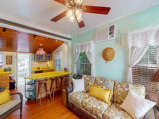 Dog-friendly home in Old Town - walk to shops, restaurants, & more