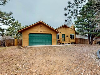 Homey house in quiet neighborhood w/ free WiFi, grill, close to Pike's Peak!